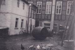 1500-Innenhof_um_1933